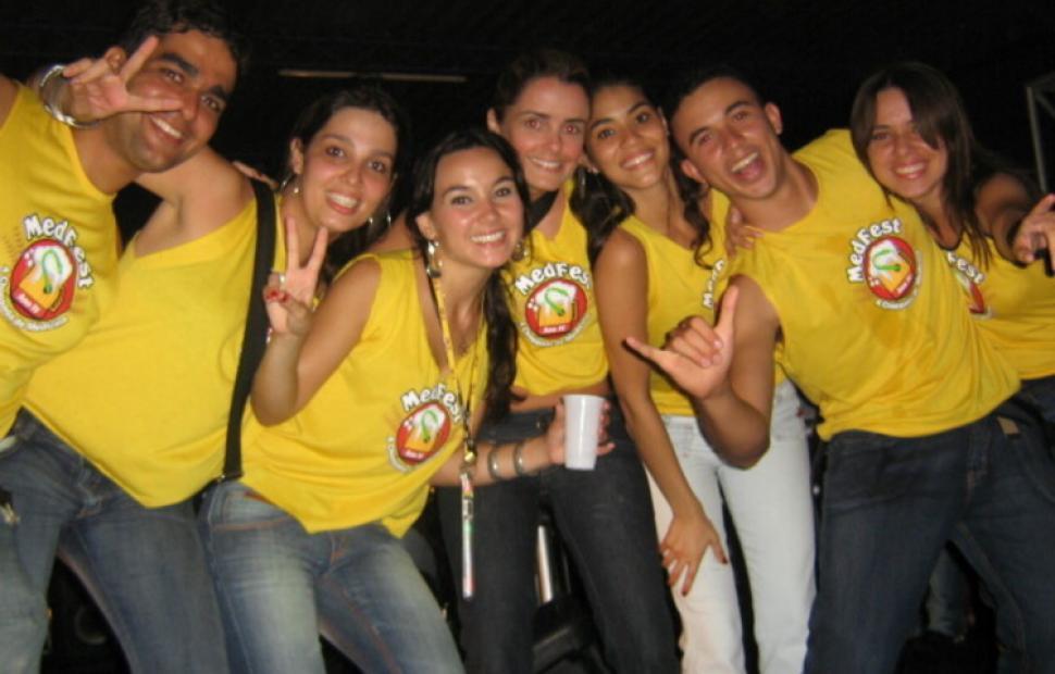 Med-Fest-2006-Maceio-40-graus-20-anos_0001