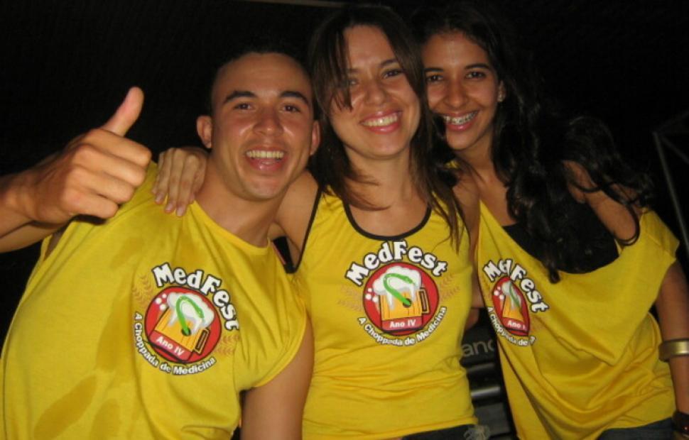 Med-Fest-2006-Maceio-40-graus-20-anos_0012