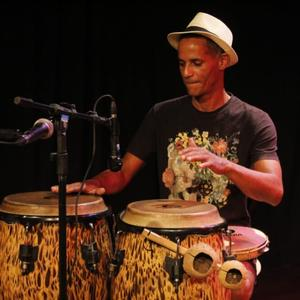 Percussionista Alagoano tem música exibida em série da Netflix