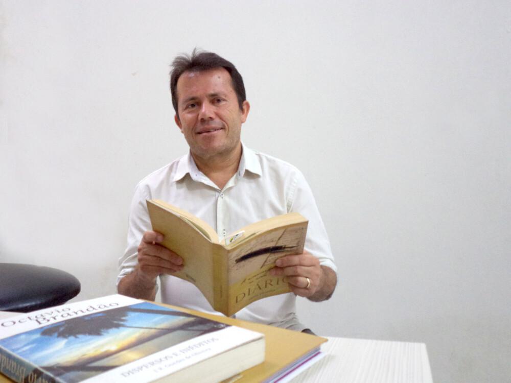 Poeta matuto conta causos dos interiores de Alagoas em live