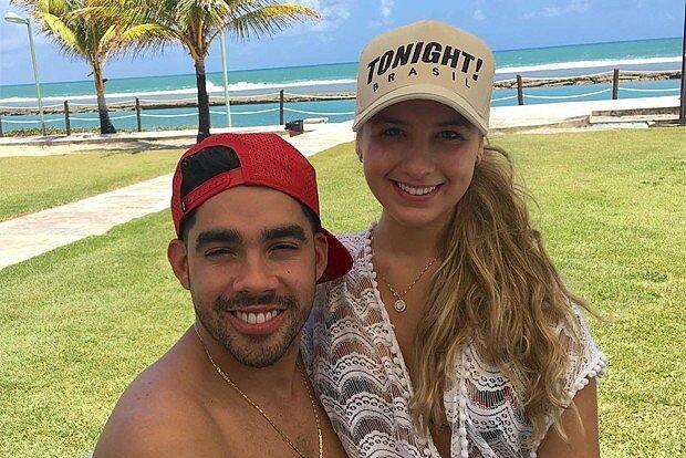 Ação integrada prende homem acusado de criar perfis falsos da digital influencer Karol Calheiros, ex-noiva do cantor Gabriel Diniz.