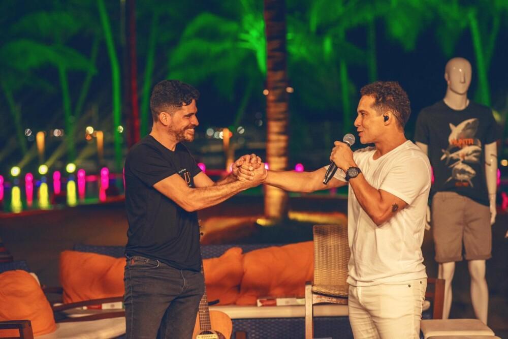 """Músicos alagoanos Thiago Vas e Herman Houly lançam canção """"Já era""""; esta é a 5ª parceria da dupla"""