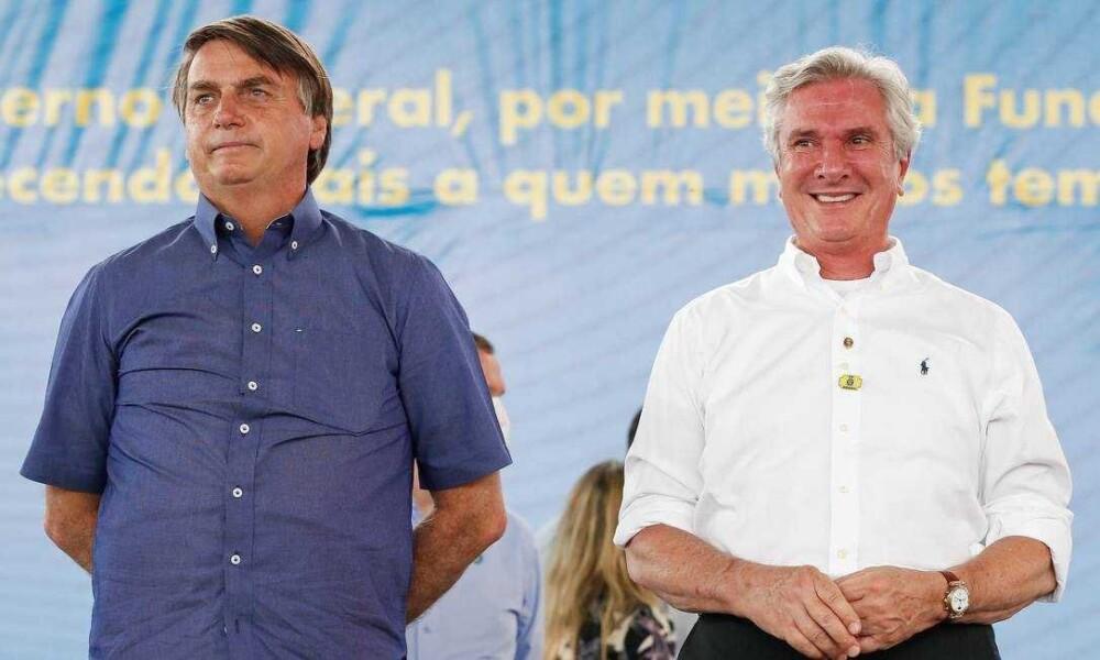 """Bolsonaro convida Collor para integrar sua comitiva em Alagoas: """"luta pelo interesse do Brasil"""""""