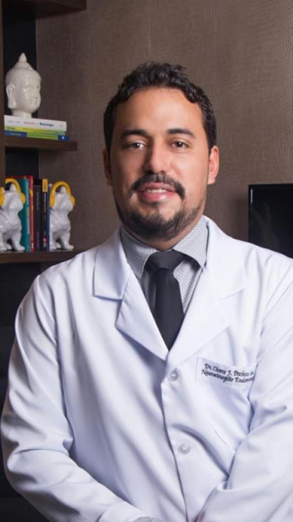 Aneurisma cerebral: neurocirurgião comenta sobre doença que matou ator Tom Veiga